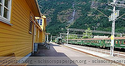 Norwegen Sehenswürdigkeiten: Fl? M