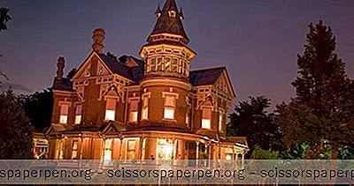 Romanttiset Lomat Arkansasissa: Little Rockin Keisarinna
