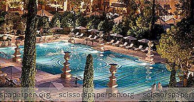 贝拉吉奥:喷泉,水疗和餐馆