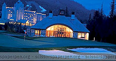 De Fairmont Chateau Whistler Aan De Voet Van Blackcomb Mountain