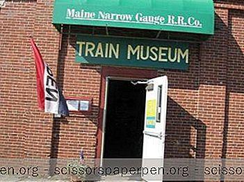 Muzej Željezničkih Pruga Maine Narrow Gauge U Portlandu, Maine