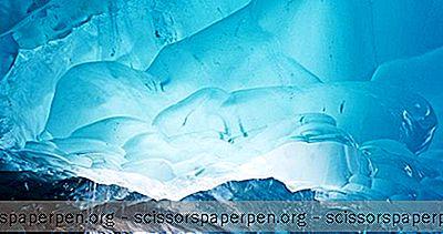 Sehenswürdigkeiten - Mendenhall Eishöhlen In Der Nähe Von Juneau, Alaska