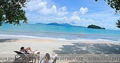 Détendez-Vous Avec Vos Pieds Dans Le Sable Au Datai Langkawi En Malaisie