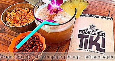 Beste Attraktionen In Palm Springs, CA: Bootlegger Tiki