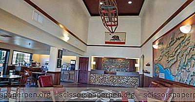 कैलिफोर्निया गेटवे: द रेडवुड रिवरवॉक होटल, फोर्टुना