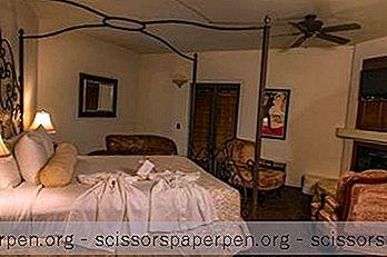 สถานที่พักผ่อนสุดโรแมนติกในแคลิฟอร์เนีย: Andreas Hotel & Spa ในแมนฮัตตันบีช