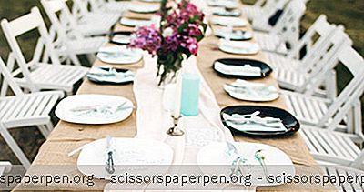 Hochzeitsorte In Santa Barbara: Chase Palm Park Plaza / Karussell