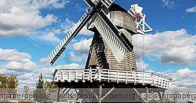 Destinations - Canada Points D'Intérêt: Village Patrimonial Mennonite Au Manitoba
