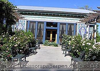 Boulder Dushanbe Teahouse В Боулдър, Ко