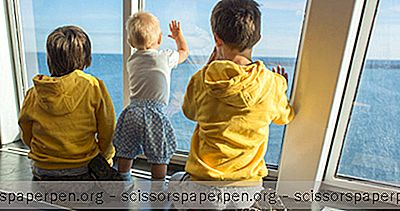 Cruises - 6 Best Kids Sail Free Круизи