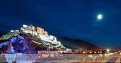 Kuil Kuno Di St Regis Lhasa Di Tibet