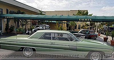 Dinge, Die Man In West Palm Beach Unternehmen Kann: Ragtops Automobile Museum