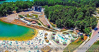 Τα Καλύτερα Θαλάσσια Πάρκα Στη Γεωργία: Μαργαριταβίλ Στα Νησιά Lanier