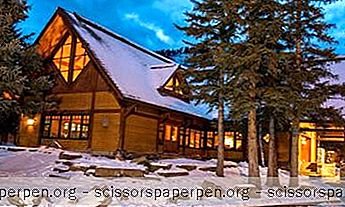Buffalo Mountain Lodge, Adventure Getaway Albertassa, Kanadassa