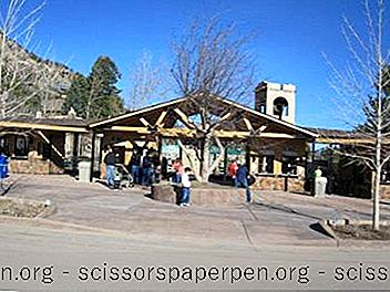 Colorado Springs, Co: Cheyenne Mountain Zoo