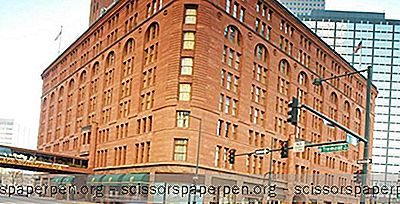 Colorado Vacations: Das Brown Palace Hotel Und Spa In Denver