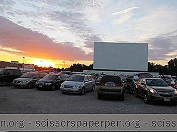 9 Bioskop Drive-In Terbaik Di Illinois