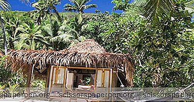 Заобиколен От Пясък И Море В Курорта Остров Токорики