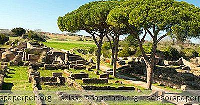 Неща За Правене В Италия: Ostia Antica