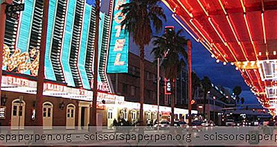 Những Điều Cần Làm Ở Las Vegas, Nevada: Trải Nghiệm Trên Phố Fremont