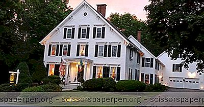 Fuga Di Camden, Me: Maine Stay Inn & Cottages