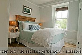 Nantucket Getaways: Centerboard Inn
