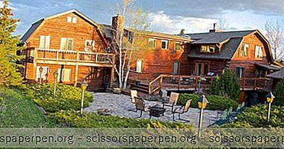 Rómantískt Ferðalag Í Montana: Howlers Inn B&B Og Wolf Sanctuary