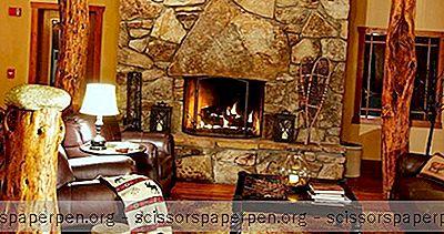 Romantyczne Wypady W Karolinie Północnej: The Esmeralda Inn & Restaurant In Chimney Rock