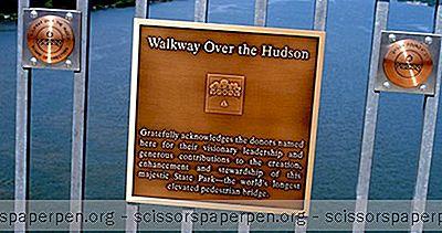 Estados Unidos - Ideas Para Excursiones De Un Día: Pasarela Sobre El Parque Histórico Estatal De Hudson