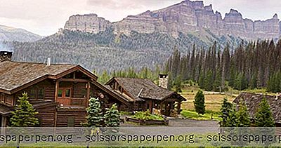 Rocky Mountain Getaways: Brooks Lake Lodge & Spa