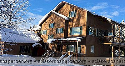 Escapades Romantiques En Alaska: Bear Lake Lodgings Bed And Breakfast
