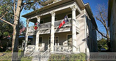 Week-End Au Texas: Brackenridge House