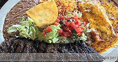 टेक्सास में करने के लिए चीजें: उला मैक्सिकन रेस्तरां बार और जंगला