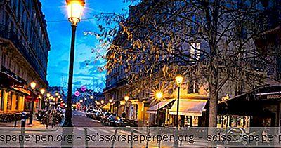 Choses Romantiques À Faire À Paris: Set In Paris
