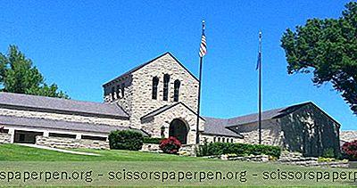 Hvað Er Hægt Að Gera Í Oklahoma: Will Rogers Memorial Museum