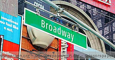 Að Fá Afsláttarmiða Á Broadway