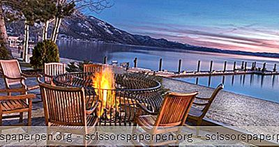 Pondok Cottages Di The Hyatt Regency Lake Tahoe