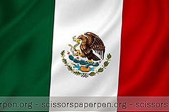 Бързи Факти За Мексиканския Флаг