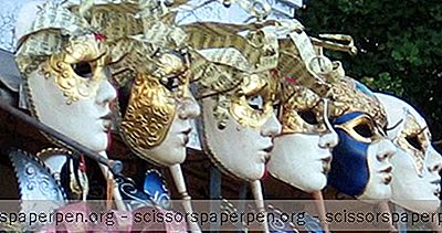 Het Carnaval Van Venetië: Waar Een Kostuum Te Huren En Andere Reistips