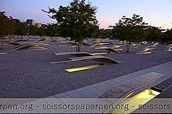 Pentagonin Muistomerkki Arlingtonissa, Virginia
