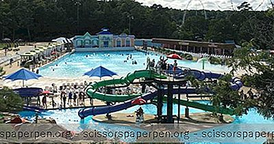 Dingen Om Te Doen In Virginia Beach: Ocean Breeze Waterpark