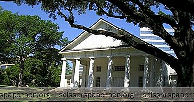 Dallasin Häät: Arlington Hall Lee Park