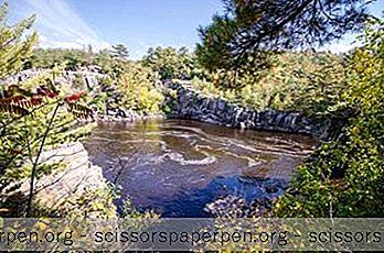 6 Καλύτερα Πράγματα Που Πρέπει Να Κάνετε Στους St Croix Falls, Wi