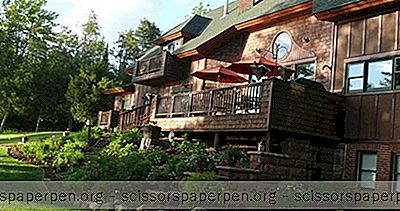 Escapades Romantiques À Wi: Siskiwit Bay Lodge Bed & Breakfast