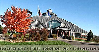Choses À Faire Dans Le Wisconsin: Centre D'Accueil Des Visiteurs Du Nord Des Grands Lacs